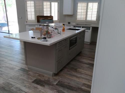 Kitchen Cabinet Installers in Phoenix AZ